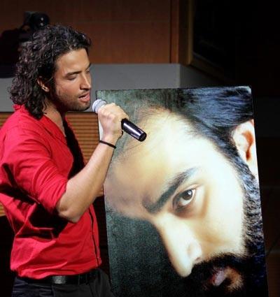یادمان «ناصر عبداللهی» در کنسرت بنیامین