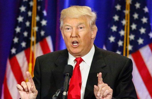 با اجرای فرمان ترامپ چه کسانی نمیتوانند وارد آمریکا شوند؟