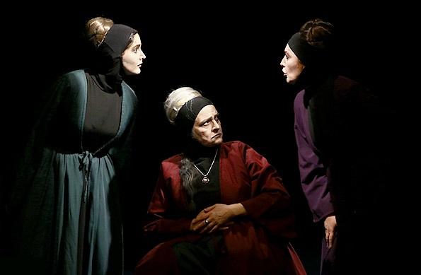 «بیوه های غمگین سالار جنگ» به تبریز می رود