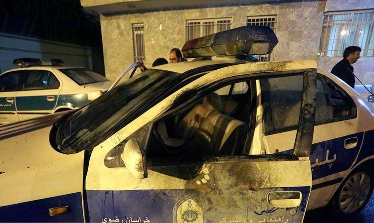 پرتاب نارنجک دستساز به داخل خودروی پلیس +تصاویر