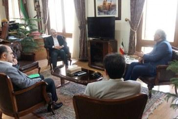 مهران مدیری به دیدار معاون رئیس جمهور رفت +تصویر