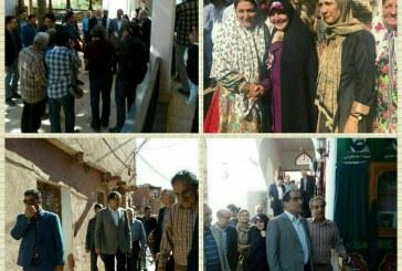 وزیر بهداشت و همسرش در نظنز +تصویر