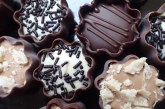 قیمت انواع شیرینی و شکلات در آستانه نوروز