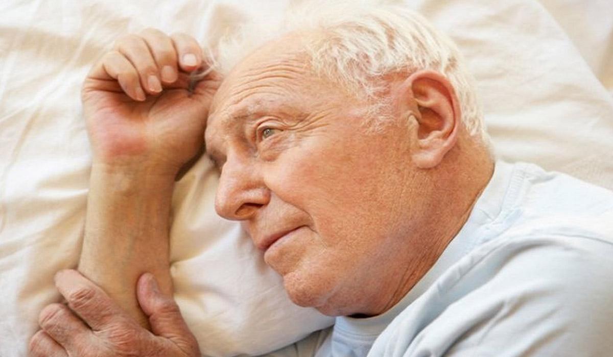 ارتباط بیخوابیهای شبانه با خطر آلزایمر