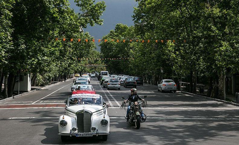 رژه خودروهای کلاسیک در تهران + تصاویر