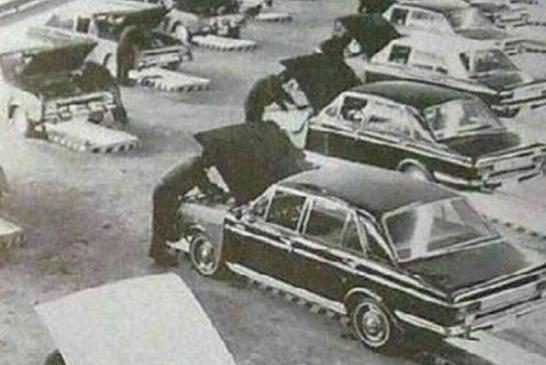 خط تولید پیکان در دهه ٤٠ + تصویر