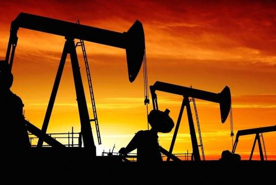 صادرات نفت ایران هم چنان ادامه دارد