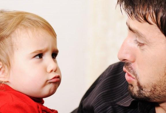 جملاتی که نباید به کودک تان بگویید