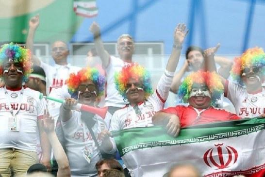 گزارش تصویری/ تماشاچیان دیدار تیم های فوتبال ایران و مراکش
