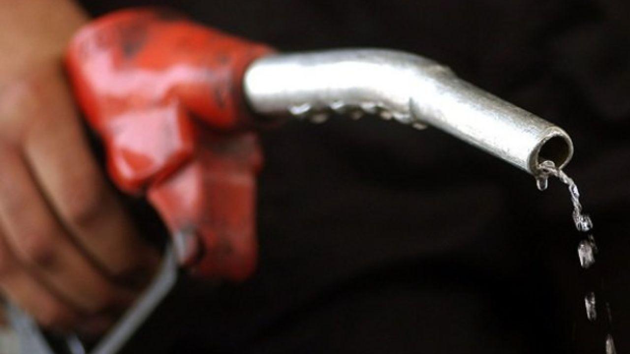 تصمیمی درباره سهمیه بندی بنزین گرفته نشده است