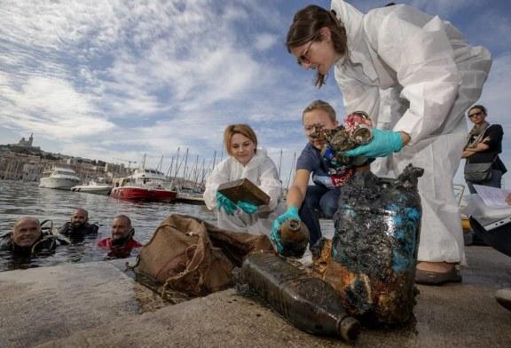 اقدام صدها نفر دوست دار محیط زیست در فرانسه + تصویر