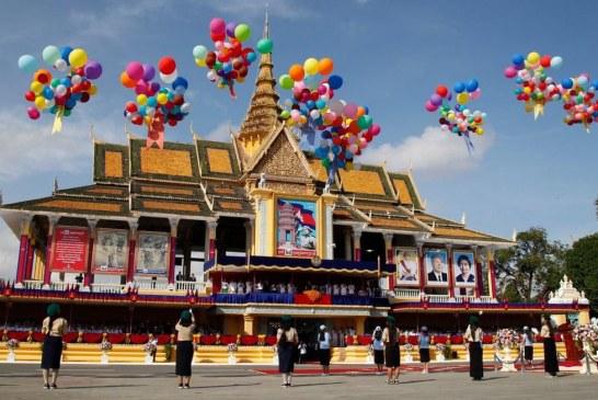 سالگرد استقلال کشور کامبوج + تصویر