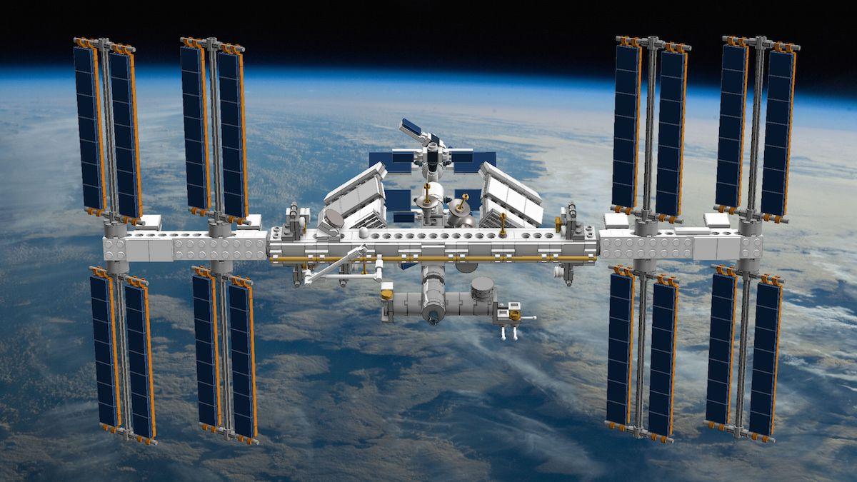 کشف منبع نشت هوای ایستگاه فضایی با برگ چای!