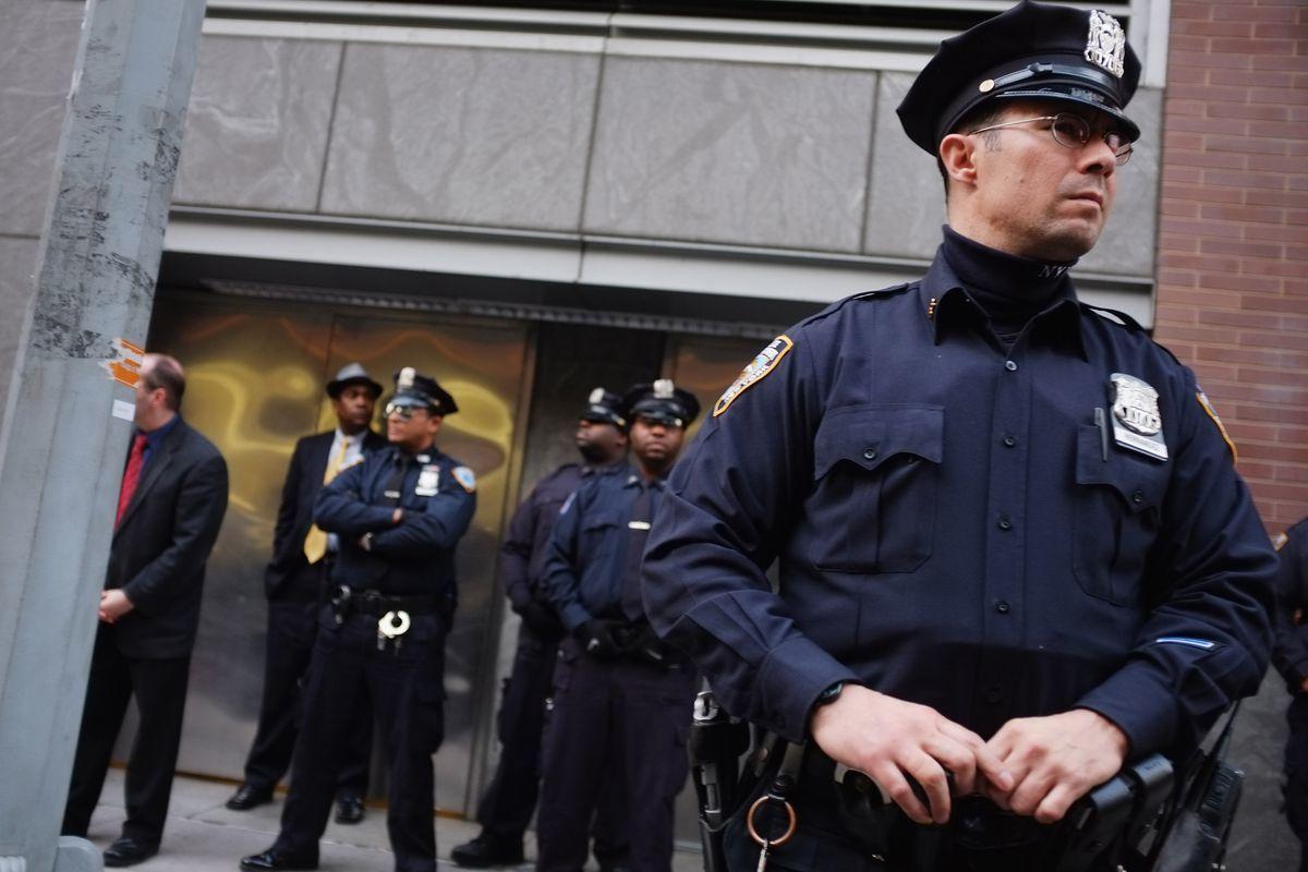 وقتی تهدیدهای دروغین پلیس آمریکا را سردرگم میکند!