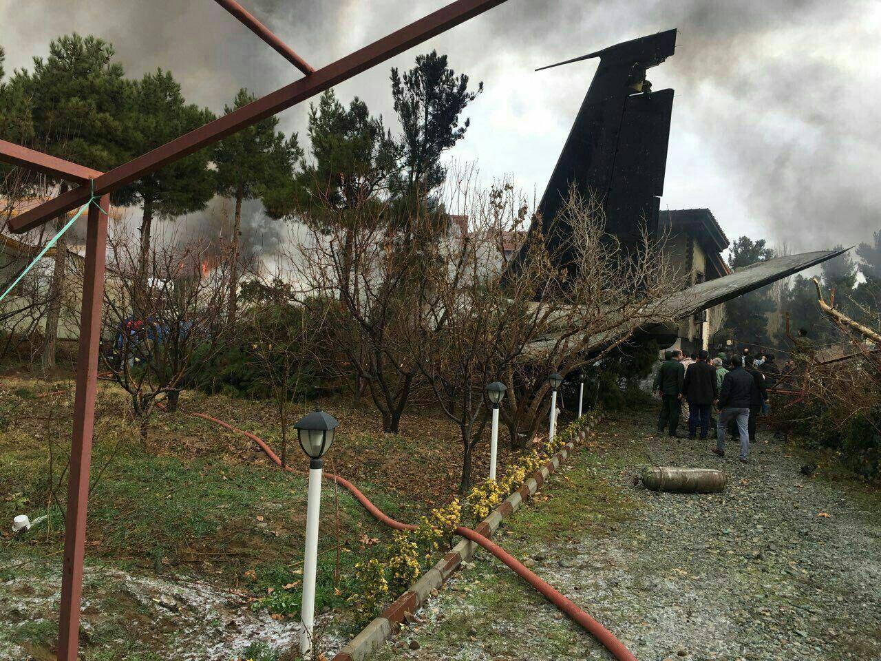 سقوط هواپیمای باری قرقیزستانی حوالی فرودگاه فتح