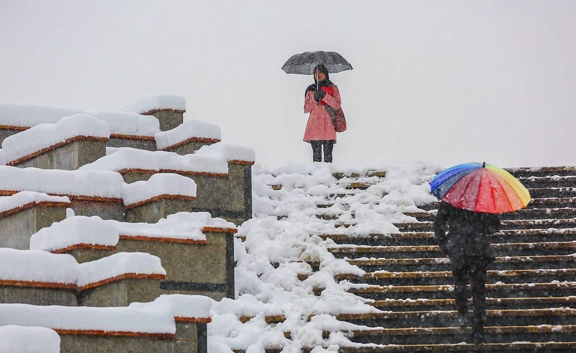 برف و باران بیشتر مناطق کشور را در بر می گیرد