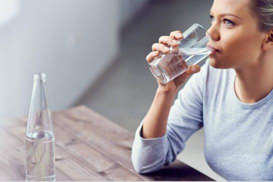 پایان افسانۀ ۸ لیوان آب در روز