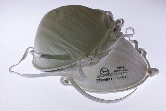 دولت جلوی افزایش قیمت ماسکها را بگیرد
