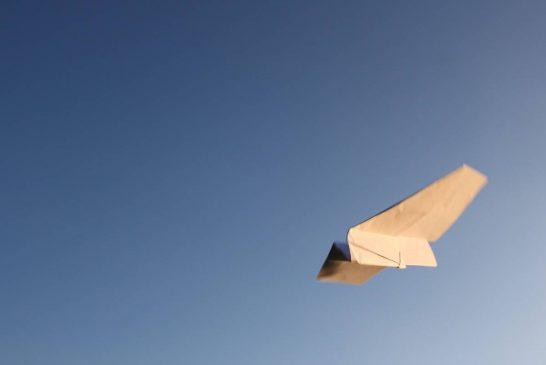 ساخت یک پرنده کاغذی عجیب با یک پرواز فوق العاده + ویدیو