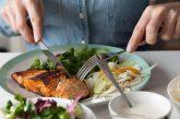 شش منبع غذایی مهم برای پیشگیری از اضطراب + اینفوگرافیک