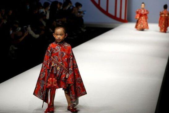 کودکان مدل در هفته مد چین + تصویر