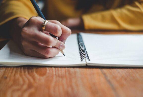نوشتن پایاننامه و رساله چه چالشهایی دارد؟