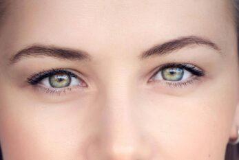 اشتباهات رایج حین استفاده از کرم دور چشم