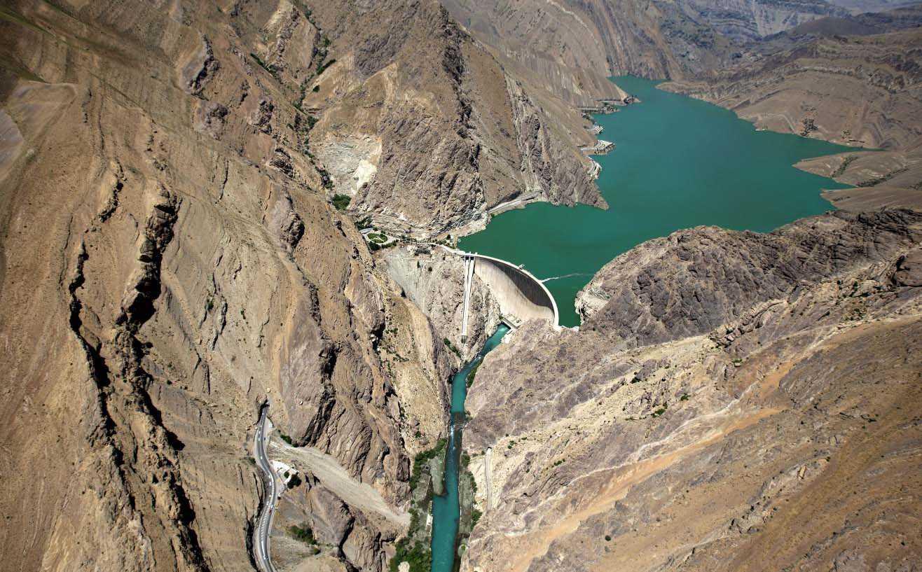 ذخیره آب سدهای کشور چه میزان کاهش داشته است؟